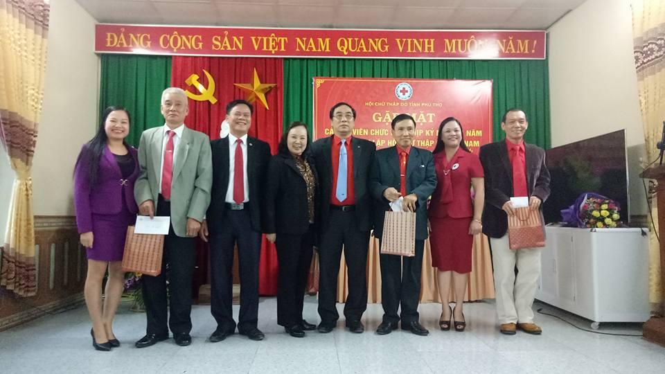 Gặp mặt truyền thống kỷ niệm 71 năm thành lập Hội Chữ thập đỏ Việt Nam